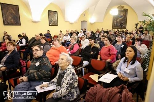 Egerben Cigánypasztorációs Konferencia