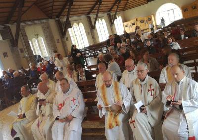 Gyülekező a szentmisére