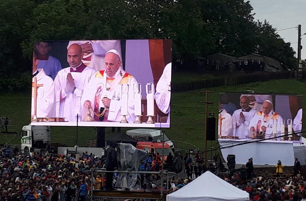 Pápalátogatáson a Ceferino Ház Csiksomlyón