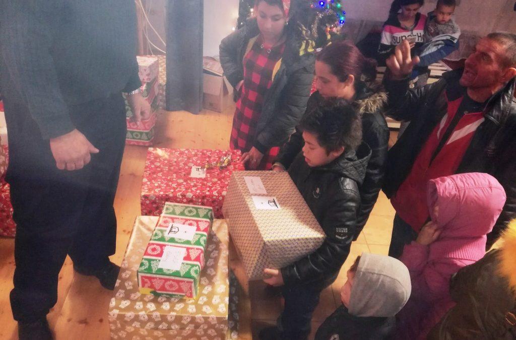 A Szátoki gyerekek köszönő levelei a karácsonyi ajándékokért