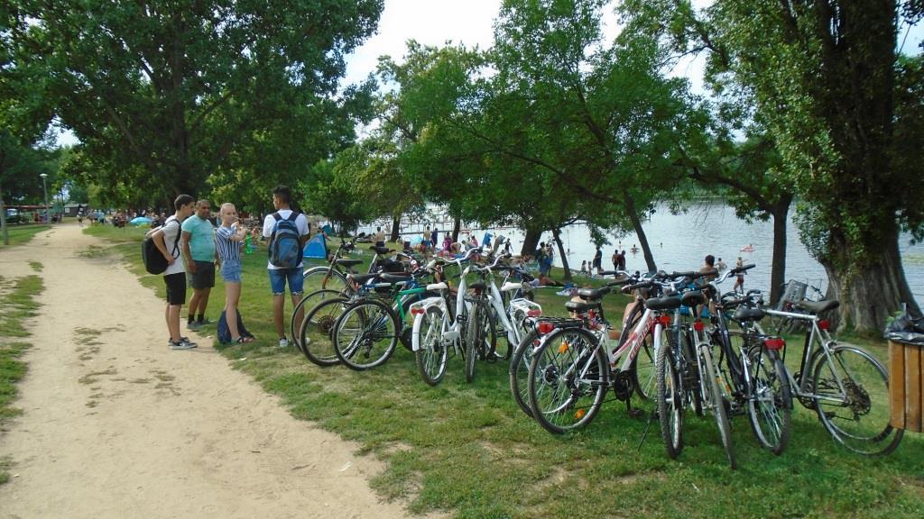 Ifis kerékpártábor a Tisza tó körül