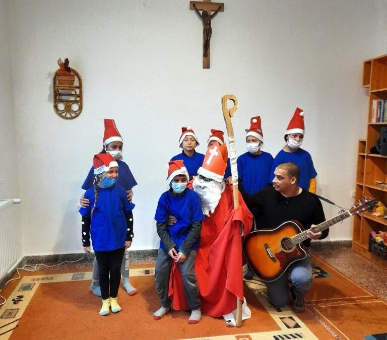 Karácsony havának örömei